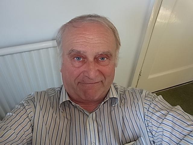 Clive Lewis-Hopkins
